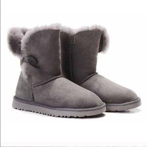 Gray bailey button ugg boots